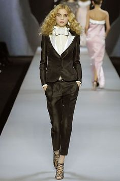 Viktor & Rolf Spring 2008 Ready-to-Wear Collection Photos - Vogue