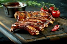 Grilled Spare Ribs, Pork Spare Ribs, How To Cook Lamb, How To Cook Ribs, Barbecue Ribs, Barbecue Sauce, Easy Delicious Recipes, Yummy Food, Pork Roast In Oven