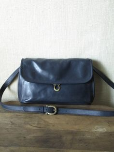 vintage Etienne Aigner navy blue crossbody clutch bag $38