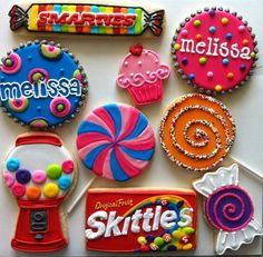 Who is planning a candy party? Check out these cookies! Yes, cookies from Hayleycakesandcoo. Thanks Mester Mester Lex for calling them to our attention! Candy Cookies, Iced Cookies, Cute Cookies, Yummy Cookies, Cookies Et Biscuits, Cupcake Cookies, Sugar Cookies, Decorated Cookies, Sweet Cookies