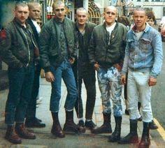 Via: Irish skinhead Skinhead Men, Skinhead Boots, Skinhead Fashion, Punk Fashion, Skinhead Style, Teddy Boys, Dr. Martens, Irish Punk, Back Up
