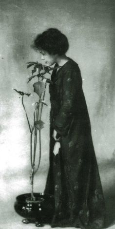 Her name was Jane Reece (1868-1961) and she was thirty-nine when she took the photograph at right that she called The Poinsettia Girl. A pictorialist photographer and possibly the first female professional photographer in the nation, Reece lived for most of her life in her native Ohio, although she spent some time in New York City, where she knew Alfred Stieglitz.