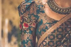 Bridal lehenga blouse tarun tahiliani 51 new ideas Designer Blouse Patterns, Saree Blouse Patterns, Sari Blouse Designs, Lehenga Blouse, Sabyasachi Sarees, Anarkali, Tarun Tahiliani, Saree Jackets, Indian Blouse