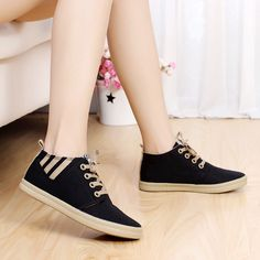 New canvas Flat women shoes fashion platform woman sneakers casual Lace zapatos . New canvas Flat women shoes fashion platform woman sneakers casual Lace zapatos mujer student sports shoes sapatos femininos Moda Sneakers, Sneakers Mode, Casual Sneakers, Sneakers Fashion, Casual Shoes, Fashion Shoes, Shoes Sneakers, Platform Sneakers, Cute Shoes
