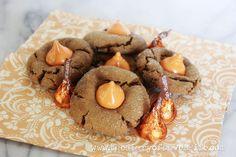 the Diary of DavesWife: Molasses Pumpkin Kiss Cookies Pumpkin Recipes, Fall Recipes, Holiday Recipes, Cookie Recipes, Dessert Recipes, Desserts, Christmas Recipes, Pumpkin Spice Cookies, Molasses Cookies