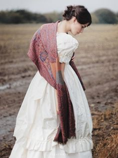 oLd fAsHioN CoUnTrY BrIde