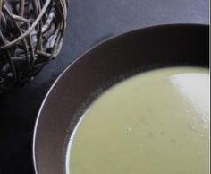Recette Velouté d'asperges vertes et pommes de terre au chèvre frais par Papilles-on-off - recette de la catégorie Soupes