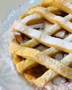 Pie balifoodies #blogger #pastry #balipastry #foodporn #breakfast #morningbreakfast #pie #apple #applepie #yummydessert #deliciousfood #healthyfood #healthybreakfast #deliciousbali #madamepatisserieofficial #bali