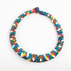 www.cewax.fr aime ce collier tresse Mis Wude style ethnique tendance tribale tissu africain wax