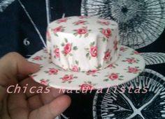 Chicas Naturalistas Precioso alfiletero de sombrero artesanal -