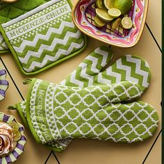 Key Lime Oven Mitts - Set of 2