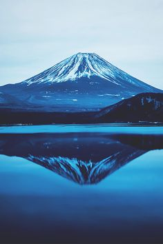 Mt. Fuji with lake Motosu, Japan