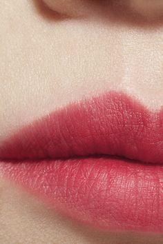 Best mascara to make lashes thicker - Style My Hairs Brown Matte Lipstick, Natural Lipstick, Mascara Primer, Best Mascara, Lipstick Colors, Lip Colors, Dior Lipstick, Best Lipsticks, Olive Skin