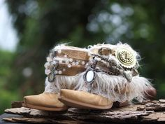 Custom BRIDAL upcycled new from TheLookFactory on Etsy Source by nicolepaulitz Boots Boho, Gypsy Boots, Bride Boots, Wedding Boots, Vintage Fur, Upcycled Vintage, Festival Boots, Designer Boots, Tans