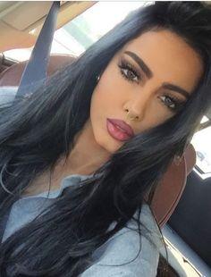 A good hair day Most Beautiful Faces, Beautiful Eyes, Beauty Makeup, Hair Makeup, Hair Beauty, Eyebrow Makeup, Straight Eyebrows, Arabic Makeup, Indian Makeup