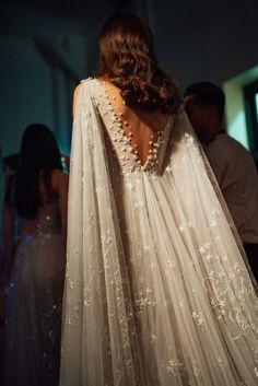 Ny Dress, Dream Dress, Mermaid Dresses, Prom Dresses, Formal Dresses, Dream Wedding Dresses, Wedding Gowns, Wedding Dress Cape, Grecian Wedding