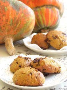 Biscotti zucca e cioccolato Pumpkin Recipes, Fall Recipes, Cookie Recipes, Vegan Recipes, Dessert Recipes, Biscotti Cookies, Biscotti Recipe, Nutella, Italian Cookies