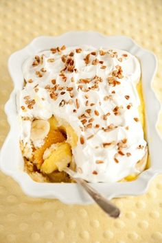 Twinkie Pie 1 ½ box Twinkies 1 large can crushed pineapple ½ cup sugar 1 large box of vanilla instant pudding, prepared 1 container whipped topping 4 bananas