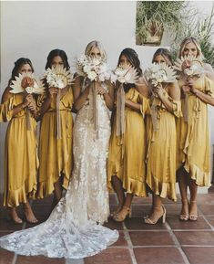 engagement rings vintage future husband Yellow dresses for your bridesmaids? We love how the color accentuate such jovial and bohemian feel, making it such the… dresses bohemian bridesmaid Gold Bridesmaids, Mismatched Bridesmaid Dresses, Wedding Bridesmaid Dresses, Different Colour Bridesmaid Dresses, Alternative Bridesmaid Dresses, Casual Bridesmaid, Burgundy Bridesmaid, Bridal Dresses, Boho Wedding