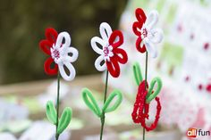 """В 2015 году фестиваль """"Мэрцишор"""" получит новую концепцию Diy And Crafts, Christmas Ornaments, Holiday Decor, Paper, Flowers, How To Make, Handmade, Bracelets, Xmas Ornaments"""