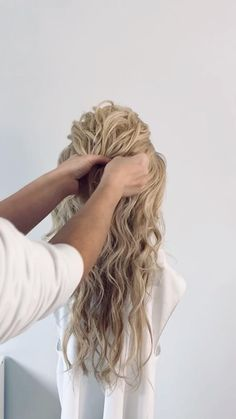 Hairdo For Long Hair, Wedding Hairstyles For Long Hair, Wedding Hair And Makeup, Down Hairstyles, Hair Dos, Hair Makeup, Waitress Hairstyles For Long Hair, Wedding Hair With Braid, Long Hair Bridal Hairstyles