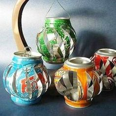 Use soda cans to create a whole range of aluminum can crafts. Pop cans and even soup cans are used to shape fun decorating projects and toys. Over 90 aluminum can craft projects. Aluminum Can Crafts, Aluminum Cans, Aluminum Can Flowers, Metal Flowers, Diy Projects To Try, Craft Projects, Craft Ideas, Recycling Projects, Can Lanterns