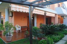 villetta-con-ampio-giardino-rif-1014