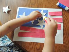 Fourth of July Flag craft for young preschool children and toddlers. Holiday Activities, Toddler Activities, Preschool Activities, Toddler Art, Toddler Crafts, Crafts For Kids, 4th July Crafts, Patriotic Crafts, Happy Birthday America