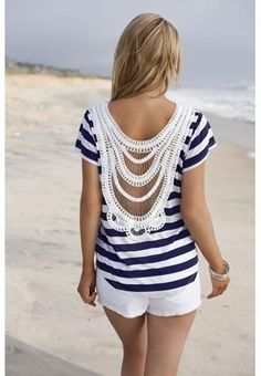 Summer Top by Tanya Helzberg. From Etsy.com I love the top. JM