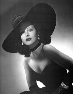 """The glamorous Fredi Washington. Refused to """"pass"""" for white just to make more money in the movie industry."""