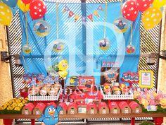 Mesa de dulces Gallina Pintadita Galhina Pintadinha    https://www.facebook.com/media/set/?set=a.940655442696002.1073741851.274950782599808&type=3