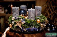 Easy guide how to make a trendy Christmas Wreath with used jeans as decoration. How-to step by step movie: https://www.youtube.com/watch?v=6qH2RbcOPFg (Movie in German)