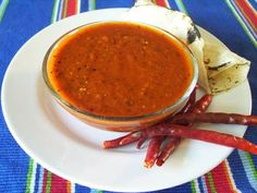 Salsa roja para tacos (chile de arbol salsa for tacos) - I took out the Guajillo and stuck with Chile de Arbol. You can also pan fry everything instead of boiling Authentic Mexican Recipes, Mexican Food Recipes, Ethnic Recipes, Salsa Picante, Sauce Salsa, Mexican Kitchens, Mexican Cooking, Mexican Dishes, Carne Asada