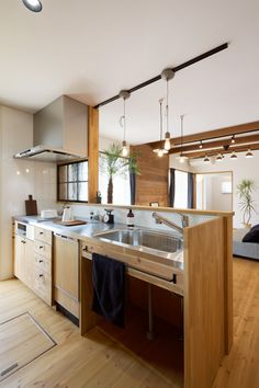 Awesome 49 Stunning Japanese Kitchen Style Decoration Ideas To Try Right Now Decor, Scandinavian Kitchen, Kitchen Style, Japanese Kitchen, Kitchen Room, Country Kitchen, Contemporary Kitchen, Home Kitchens, Kitchen Design
