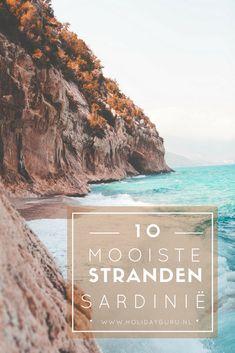 Kilometers aan paradijselijke stranden omringen het Italiaanse eiland Sardinië. Je vindt hier fantastische plekken om te surfen, te snorkelen of te duiken en spot zelfs schildpadden die over het zand kruipen. Lees hier wat de 10 mooiste stranden van Sardinië zijn!