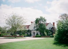Polly-Alexandre-English-Country-Wedding-cottage6