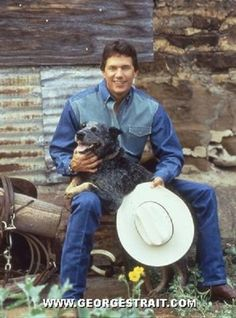 Just 11 Photos Of George Strait & His Irresistible Smile – Country Music Nation Aussie Cattle Dog, Australian Cattle Dog, Cattle Dogs, Country Music Artists, Country Singers, George Strait Family, George Strait Pure Country, King George, Country Boys