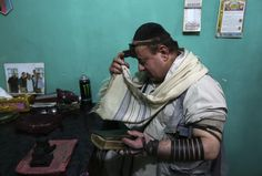 Zabulon Simintov--the last Jew in Afghanistan, photographed in Kabul on November 5, 2013.  REUTERS/Omar Subhani.