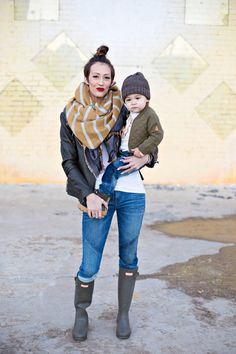 Rainy Day Outfits: Matching Hunter Boots Outfits | The Fashion Barr
