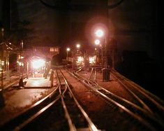 Jayson's 3' X 5' Outstanding N Scale Model Train Layout N Scale Train Layout, N Scale Layouts, N Scale Model Trains, Model Train Layouts, Scale Models, Helix Models, Model Training, Model Railway Track Plans, Mini Things