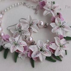 Колье своими руками из полимерной глины свадебное, колье для невесты, тигровые лилии, и розовые фиалки, серьги свадебные, жемчужные серьги.