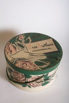 Vintage Hess Brothers Dept.  Store, Allentown, Pa Hat box