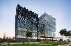LCR architectes sculpts thales office complex toulouse designboom