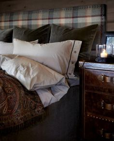 rustic bedroom wall decor - Internal Home Design Cozy Bedroom, Bedroom Wall, Master Bedroom, Bedroom Decor, Master Suite, Wall Decor, Living Room Remodel, Suites, Cheap Home Decor