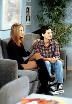 eight ways you are secretly dressing like your F.R.I.E.N.D.S. :)