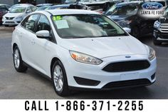 2015 Ford Focus SE - Sedan - I4 2.0L Engine - remote keyless entry - alloy wheels - tinted windows - safety airbags - powered windows, locks, and mirrors - AM/FM/CD - iPod/Aux/USB ports - Bluetooth - LCD screen - Microsoft SYNC - backup camera - digital compass - outside temperature display - cruise control and more! Come check out our hassle free test drive! Used Ford Focus, Keyless Entry, Backup Camera, Cruise Control, Alloy Wheel, Driving Test, Compass, Digital Camera, Ipod