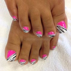 Feeling a little adventurous? Pretty Toe Nails, Cute Toe Nails, Cute Acrylic Nails, Fancy Nails, Pink Nails, Pretty Toes, Toenail Art Designs, Pedicure Nail Designs, Pedicure Nail Art