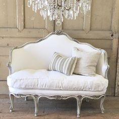 french rose carved settee (dove grey & or Belgian white linen ). French Country Rug, French Cottage, French Decor, French Country Decorating, French Furniture, Shabby Chic Furniture, Home Furniture, Furniture Design, Vintage Couches