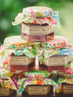 yummy wedding favor idea via Clean Plate Pictures