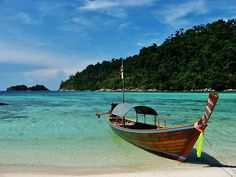 Longtail boat - best transport on the islands